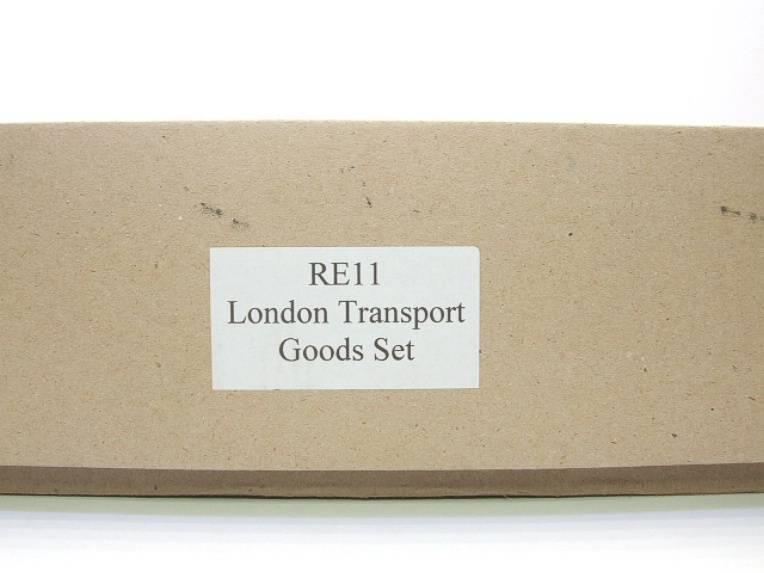 Raylo O Gauge RE11 Metro Vickers Bo-Bo Locotive London Transport Goods Set Electric 3 Rail Boxed image 12