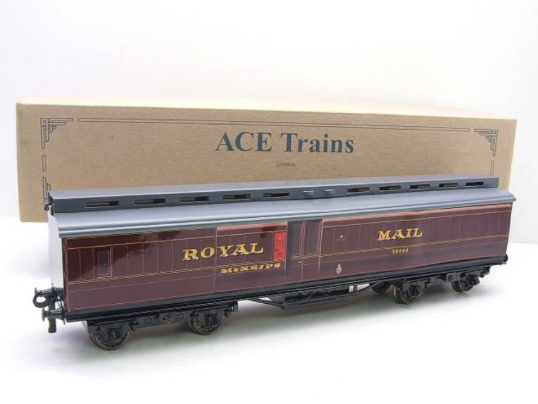 Ace Trains O Gauge LMS Ex MR Brian Wright Overlay Series TPO Mail Coach RN 30285 image 15