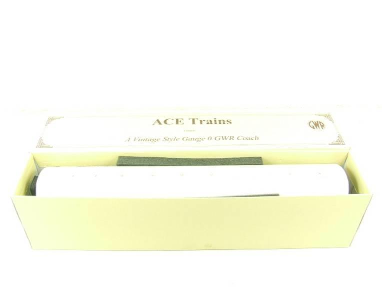 Ace Trains O Gauge GWR Full Brake Coach Boxed image 11