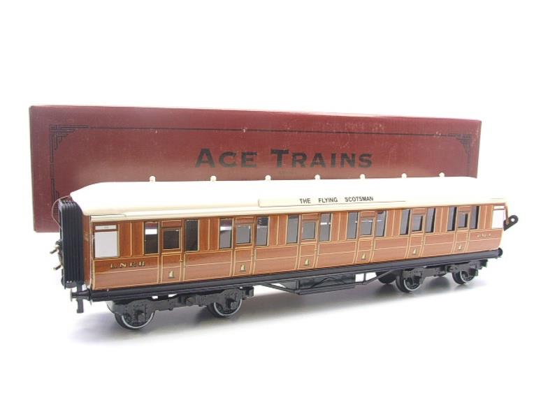 "Ace Trains O Gauge C4 LNER ""The Flying Scotsman"" All 1st Corridor Coach R/N 6461 Int Lit image 15"