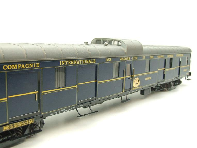 "Elettren O Gauge Cat No: 1303 CIWL ""Baggage Coach"" R/N 1251 Interior Lit image 11"