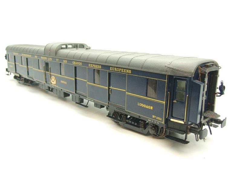 "Elettren O Gauge Cat No: 1303 CIWL ""Baggage Coach"" R/N 1251 Interior Lit image 14"