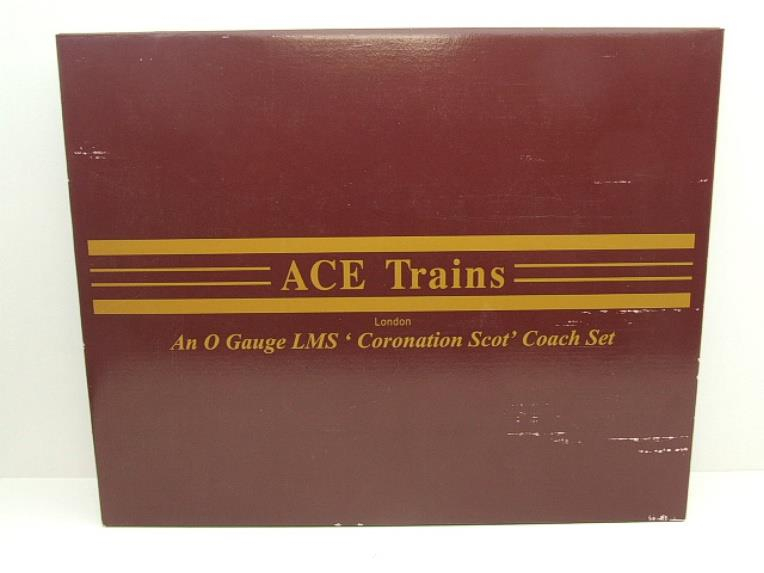 Ace Trains O Gauge C28A LMS Maroon Coronation Scot Coaches x3 Set A Bxd 2/3 Rail Int Lit image 18