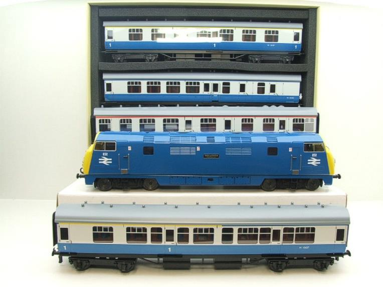 "Ace Trains O Gauge E32-D1 BR D852 Warship Diesel ""Tenacious ""& C13 Coaches x5 Set Electric 2/3 Rail image 22"