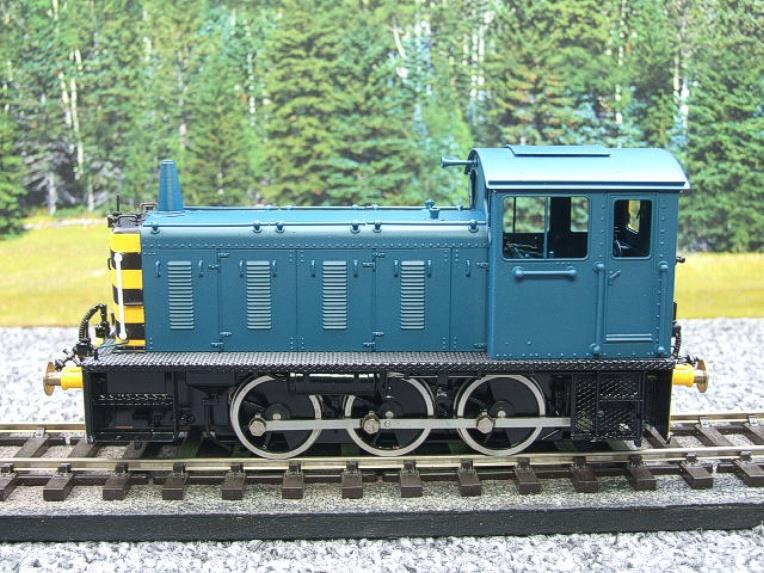 Bachmann Brassworks SanCheng O Gauge 04 Blue Diesel 0-6-0 Shunter Loco Electric 2 Rail Boxed image 15