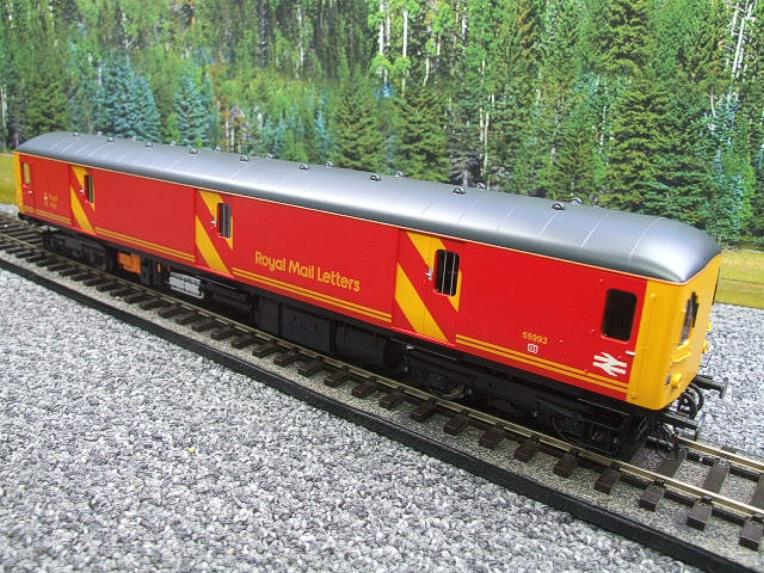 Heljan O Gauge Class 128DPU-8951 Red Royal Mail Coach R/N 55993 Electric 2 Rail Boxed image 11
