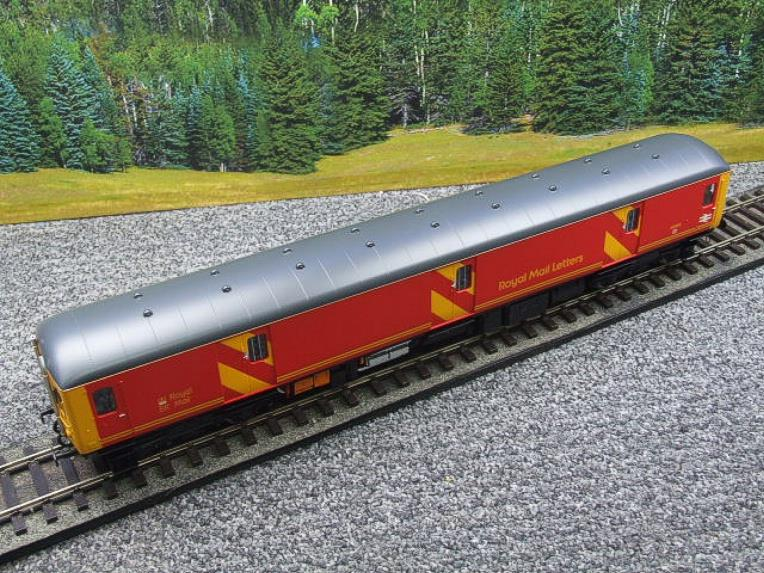 Heljan O Gauge Class 128DPU-8951 Red Royal Mail Coach R/N 55993 Electric 2 Rail Boxed image 15