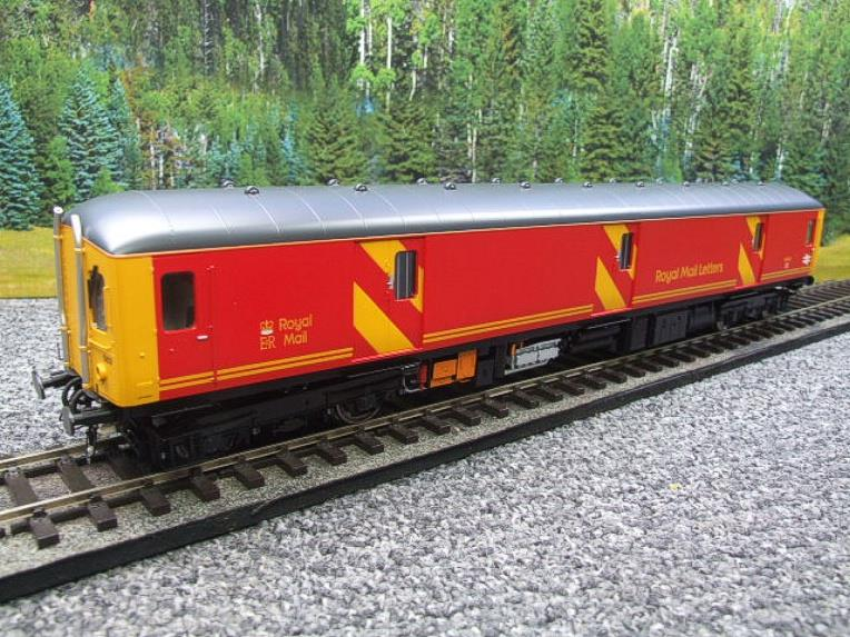Heljan O Gauge Class 128DPU-8951 Red Royal Mail Coach R/N 55993 Electric 2 Rail Boxed image 18