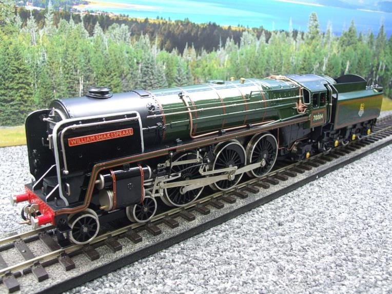 "Ace Trains O Gauge E27D BR Green Britannia Class ""William Shakespeare"" FOB Edition"" R/N 70004 Bxd image 17"