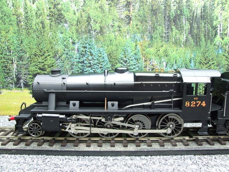 Ace Trains O Gauge E38B1, LMS Un-Lined Satin Black Class 8F, 2-8-0 Locomotive and Tender R/N 8274 image 11