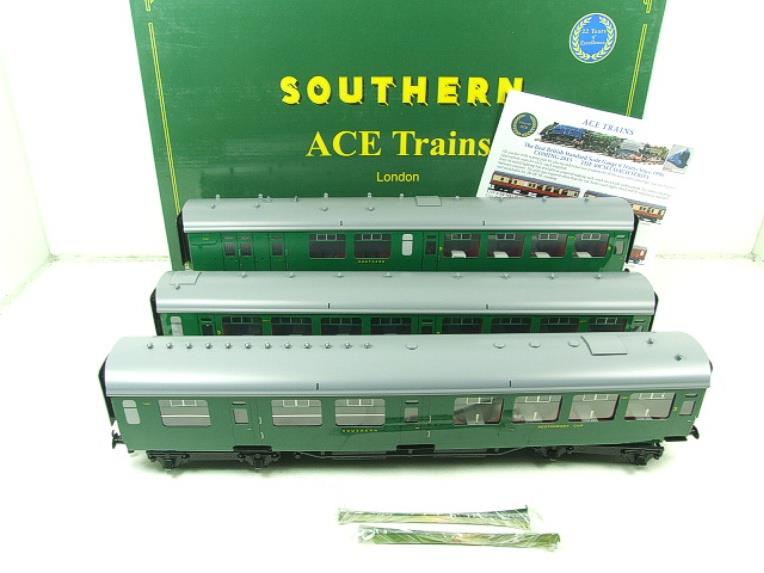 Ace Trains O Gauge C21A SR Green Bulleid Post War x3 Coaches Set A Boxed image 21