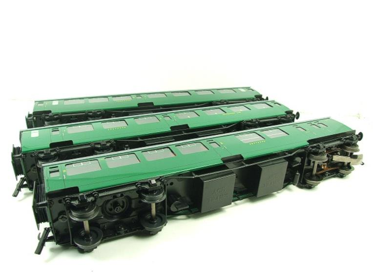 Ace Trains O Gauge C21B SR Green Bulleid Post War x3 Coaches Set B Boxed image 18
