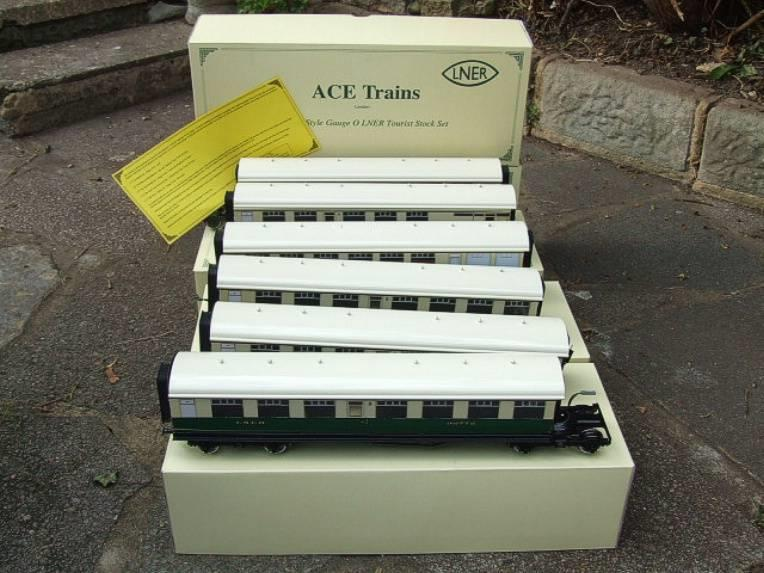 Ace Trains O Gauge C/4 LNER Articulated Tourist Stock x6 Coaches Set Boxed image 22