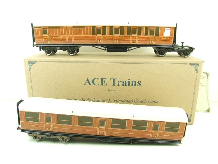 Ace Trains Wright Series O Gauge LNER All 3rd Pair of Articulated Coaches Set image 18