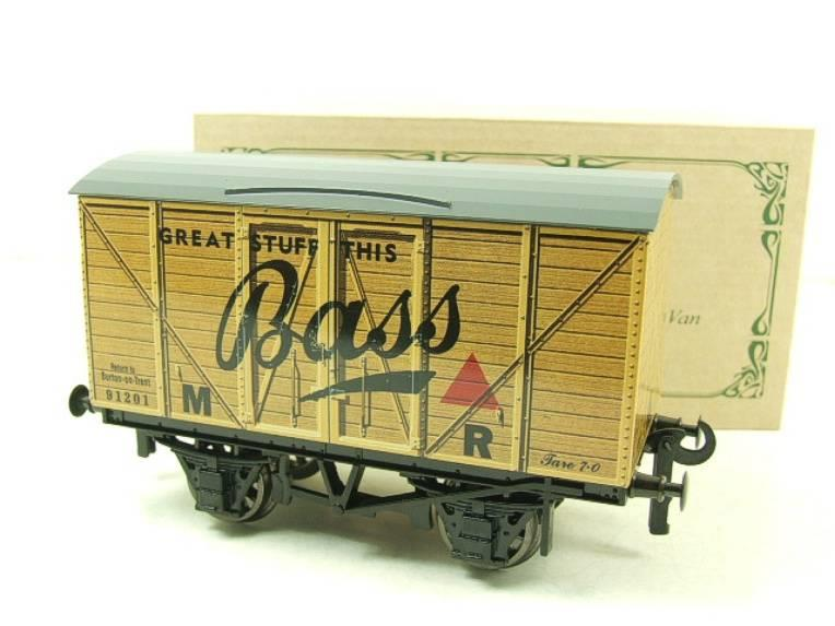 "Darstaed O Gauge MR Advertising Van ""Bass"" R/N 91201 Ltd Edition Boxed image 14"