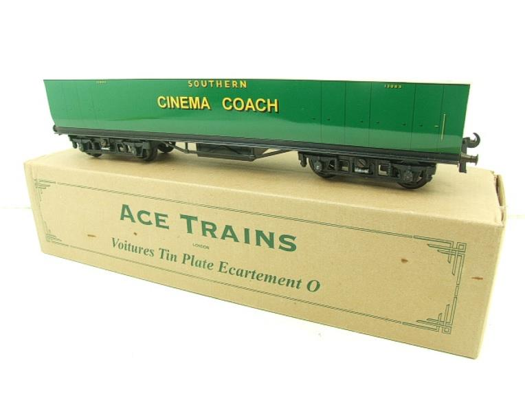 "Ace Trains Wright Overlay Series O Gauge SR ""Cinema"" Coach R/N 1308 Boxed image 14"