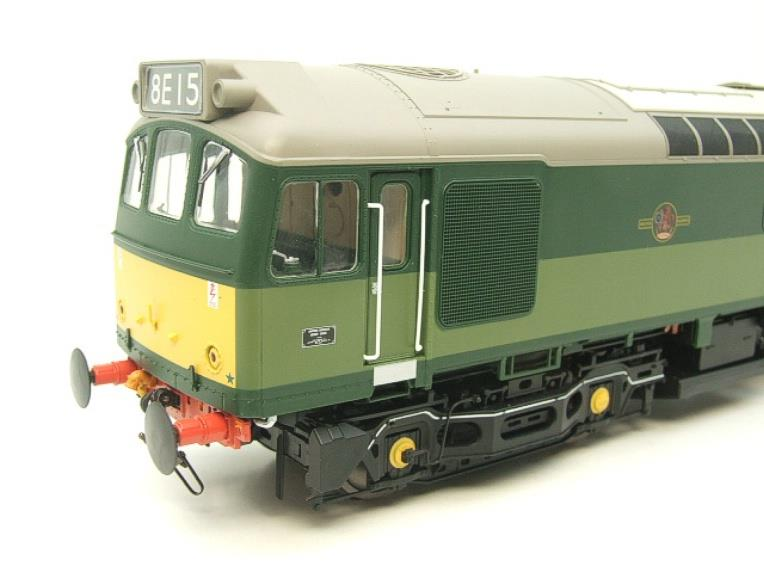 Heljan O Gauge Item 2555 BR Two Tone Green Class 25 Type 2 WSYP Diesel Loco Electric Bxd image 11