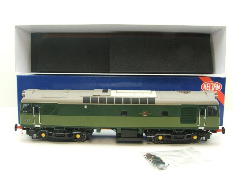 Heljan O Gauge Item 2555 BR Two Tone Green Class 25 Type 2 WSYP Diesel Loco Electric Bxd image 18