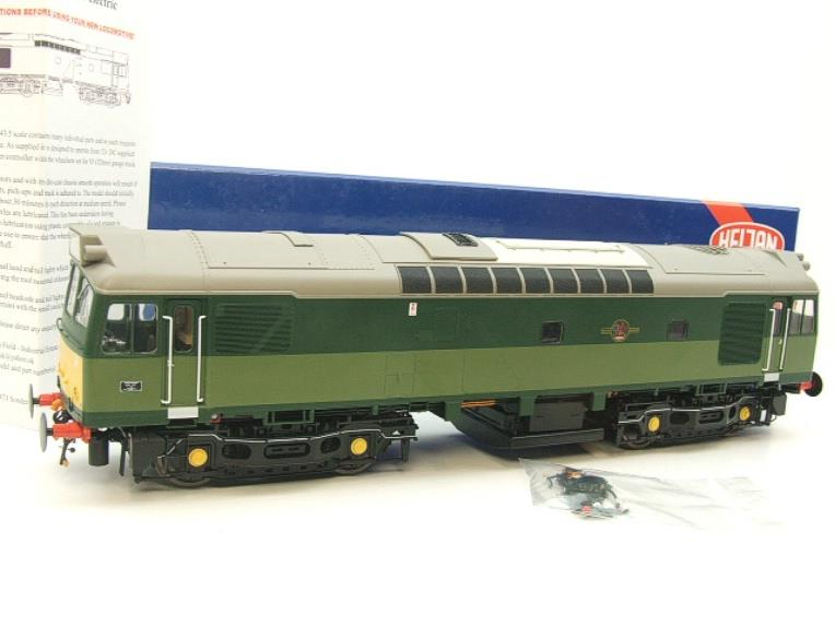 Heljan O Gauge Item 2555 BR Two Tone Green Class 25 Type 2 WSYP Diesel Loco Electric Bxd image 22