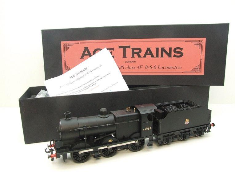 Ace Trains O Gauge E5G Fowler 4F Class 0-6-0 Loco and Tender R/N 44252 Early BR Logo Satin Black image 20