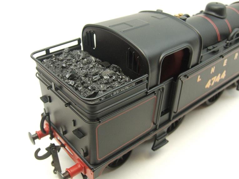 Ace Trains O Gauge E11A LNER Satin Black N2 Class 0-6-2 Tank Loco R/N 4744 Electric 2/3 Rail Boxed image 13