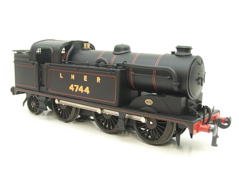 Ace Trains O Gauge E11A LNER Satin Black N2 Class 0-6-2 Tank Loco R/N 4744 Electric 2/3 Rail Boxed image 16