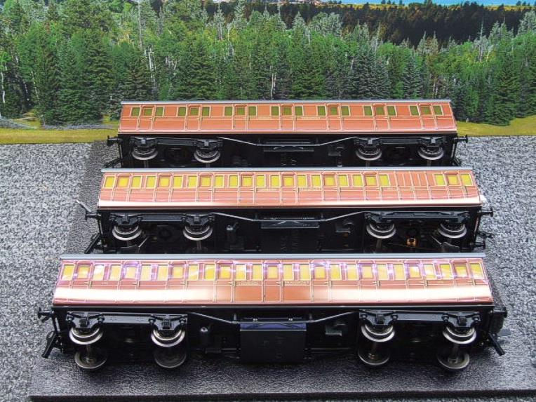"Ace Trains O Gauge C27/S LT ""London Transport"" Coaches  x3 Coach Set Boxed 3 Rail image 12"