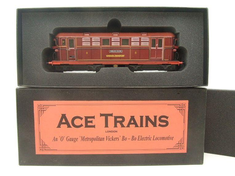 "Ace Trains O Gauge E17 London Transport Red Vickers Bo-Bo ""Sherlock Holmes"" Loco No 8 image 14"