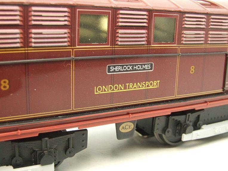 "Ace Trains O Gauge E17 London Transport Red Vickers Bo-Bo ""Sherlock Holmes"" Loco No 8 image 15"