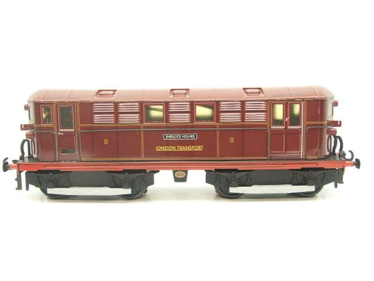 "Ace Trains O Gauge E17 London Transport Red Vickers Bo-Bo ""Sherlock Holmes"" Loco No 8 image 18"