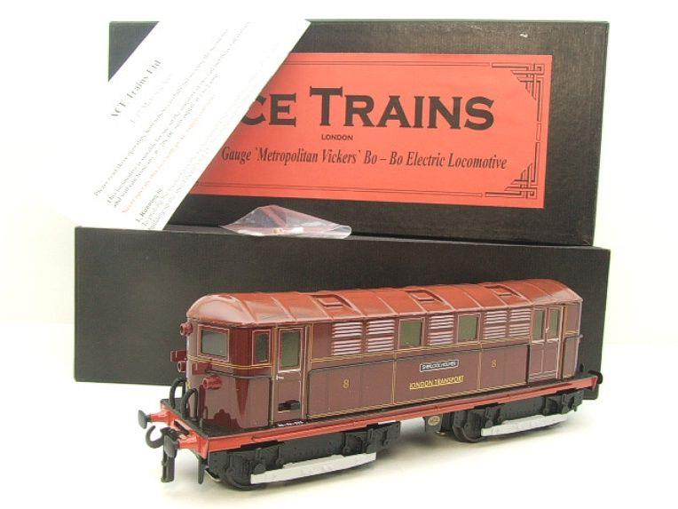 "Ace Trains O Gauge E17 London Transport Red Vickers Bo-Bo ""Sherlock Holmes"" Loco No 8 image 20"