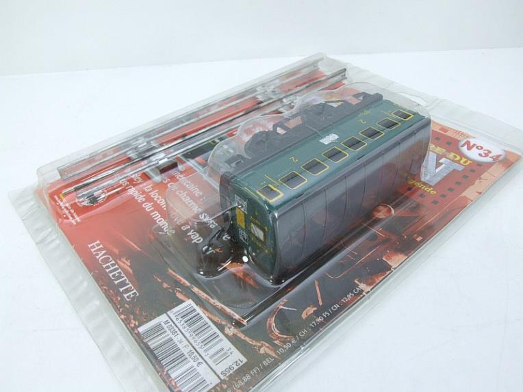 "Hornby Hachette Series French O Gauge No.34 ""SNCF"" Green 2nd Class Coach NEW Pack image 13"