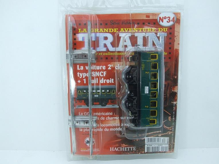 "Hornby Hachette Series French O Gauge No.34 ""SNCF"" Green 2nd Class Coach NEW Pack image 15"