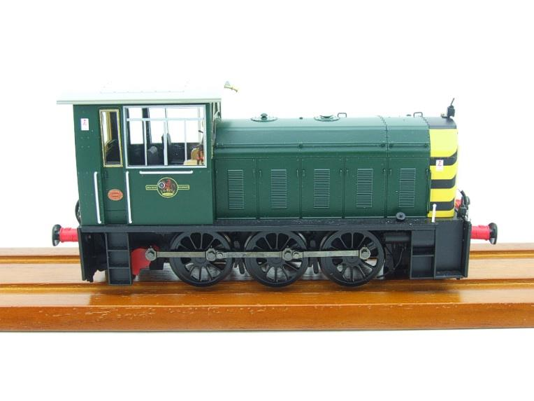 "HelJan O Gauge 25911 Class 05 BR Green With ""Wasp"" Stripes"" Diesel Shunter Loco Electric 2 Rail Bxd image 14"