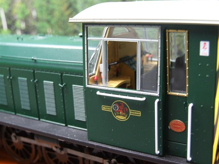 "HelJan O Gauge 25911 Class 05 BR Green With ""Wasp"" Stripes"" Diesel Shunter Loco Electric 2 Rail Bxd image 15"