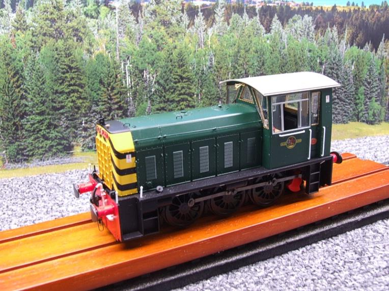 "HelJan O Gauge 25911 Class 05 BR Green With ""Wasp"" Stripes"" Diesel Shunter Loco Electric 2 Rail Bxd image 20"