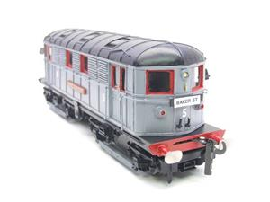 Raylo O Gauge RE11 Metro Vickers Bo-Bo Locotive London Transport Goods Set Electric 3 Rail Boxed image 2