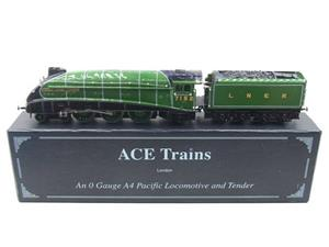 "Ace Trains O Gauge E4 A4 Pacific LNER Green ""Joshua Lionel Cowen"" R/N 7152 Electric 3 Rail Boxed image 1"