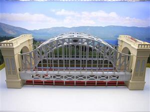 "Lionel 6-32904 O Gauge Marklin Replica ""Hellgate Bridge"" Double Track Edition Electric Lit Edition image 1"