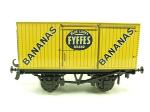 "Ace Trains O Gauge G2 Private Owner ""Fyffes Bananas"" Van Tinplate image 1"