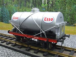 "Gauge 1 Model Co Accucraft  R32-3D-14-Ton Oil ""Esso Tanker Wagon"" image 3"
