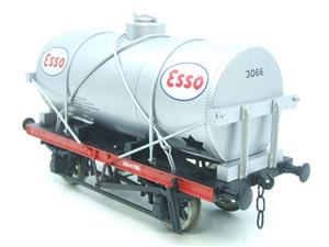 "Gauge 1 Model Co Accucraft  R32-3D-14-Ton Oil ""Esso Tanker Wagon"" image 6"