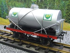 "Gauge 1 Model Co Accucraft R32-3C-14-Ton Oil """"BP Tanker Wagon"" R/N 3472 image 3"