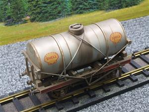"Gauge 1 Model Co Accucraft R32-3C-14-Ton Oil ""Shell Tanker Wagon"" Professionally Weathered image 7"