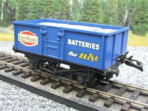 "Lima-Hornby O Gauge PO ""Ever Ready Batteries"" Open Wagon image 8"