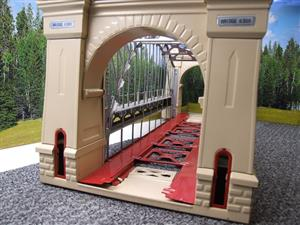 "T-Reproductions O Gauge 300 Steel Metal ""Hellgate Bridge"" Silver & Cream Boxed image 7"