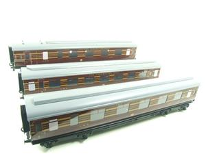 Ace Trains O Gauge C28A LMS Maroon Coronation Scot Coaches x3 Set A Bxd 2/3 Rail image 3