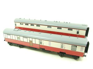 Ace Trains O Gauge C21C BR SR Bulleid Tavern Blood & Custard x2 Coaches Set Boxed image 2