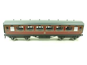 Darstaed O Gauge LMS All 3rd Side Corridor Coach R/N 3033 Lit Interior image 1