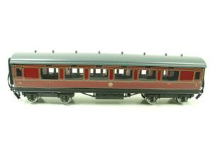 Darstaed O Gauge LMS All 3rd Side Corridor Coach R/N 3033 Lit Interior image 7